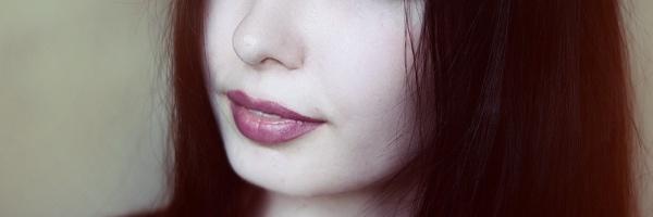 女性の口唇